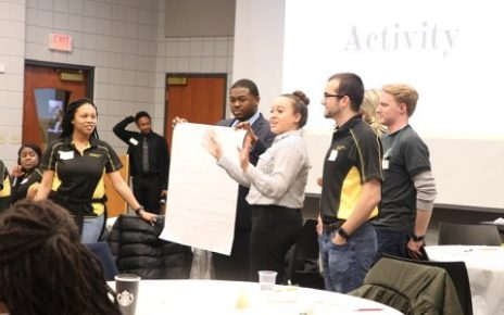 GSE-mentors-and-mentees-presenting-group-activity